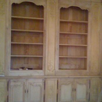 Boiseries anciennes remont es en biblioth que patrick delan for Meuble porte secrete