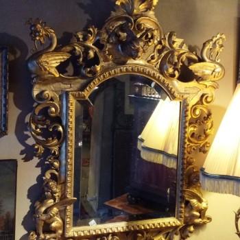 Glace italienne du 18e siècle